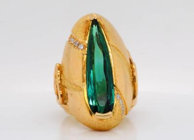 5.70ct Green Tourmaline & Solid 18K Yellow Gold Ring W/Diamond Accents