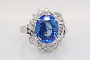 4.55ct Blue Sapphire, 1.00ctw Diamond Platinum Ring
