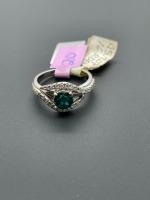 1 ctw Lab Emerald with Diamonds