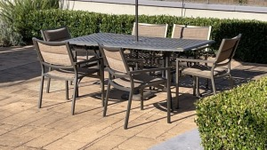 Outdoor Metal Table w/ Chairs